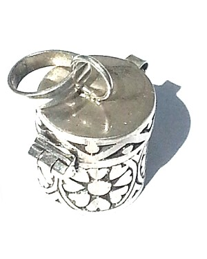 925 Sterling Silver Wide Cylinder Prayer Box Pendant Petal Design
