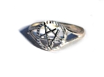 925 Sterling Silver Diamond Cut Pentagram Ring
