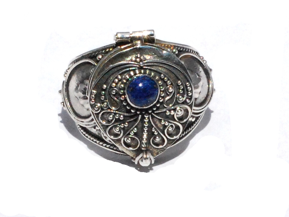 Sterling Silver Bali Hand Made Poison Ring With Genuine Lapis