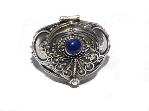 Sterling Silver Bali Hand-Made Poison Ring with Genuine Lapis